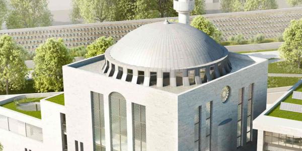 Moschee - Der Gebetsraum ist geweihter Ort für Besinnung, Rückzug und Glauben. Seine Säulen werden Ruhe, Demut und Barmheizigkeit sein.